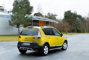 Załączona grafika: Renault Scenic XMOD - zdjęcie 2.jpg