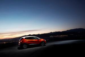 Załączona grafika: Renault Captur - zdjęcie 2.jpg