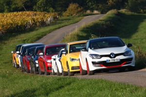 Załączona grafika: Renault Megane R.S. 275 Trophy-R - Zdjęcie 2.jpg
