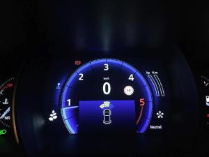Sensores_de_aparcamiento_en_la_pantalla1.png