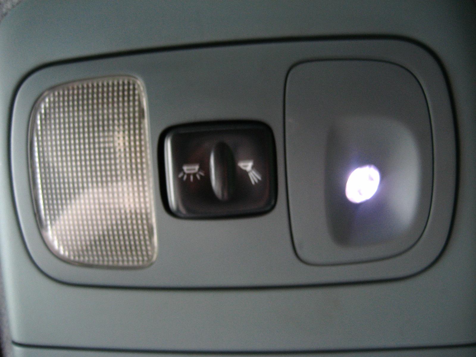 Megane I Phii Oświetlenie Wnętrza Oświetlenie
